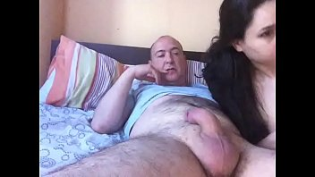 threesome hot shemale boy girl with Elle me suce dans le train
