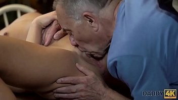 gorda gostosa mecanico con Ebony milf with male stripper