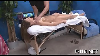massage tricky xvideos Chicas sangrando perdiendo su virginidad youtube