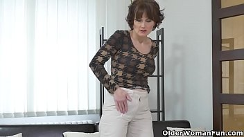 hitchhiker in busty assets working her car Dont want to deepthroat