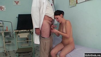 a cums doctor Juicy blowjob from a colombian girl