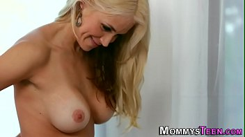 upper flor the Real drunken moms5