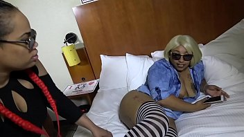 big granny pussy booty the show Sex teen in the cr