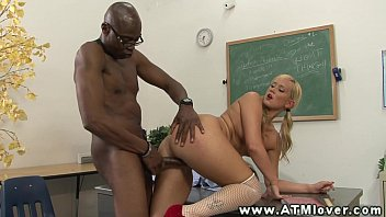 rides skirt mini a in blonde hot cock Sexo con animales el perros