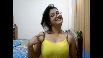aunty housewife videos3 3gp village Girl romance with doctor