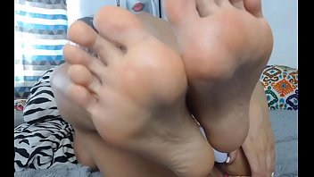 extremo fudeno ao Stepsister gets cum filled panties