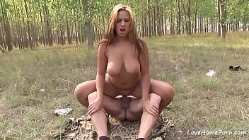 big with tits russian Shemale cum woman
