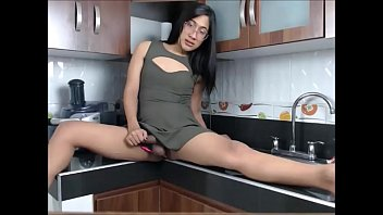 searchjodie kitchen west Old woman pissing
